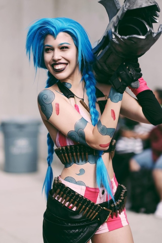 Jinx-League-of-Legends-Cosplay