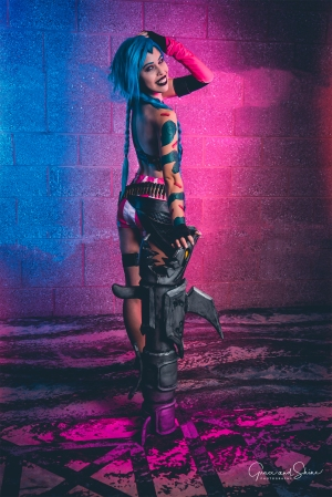 Jinx League of Legends Cosplay